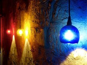 Jeux de lumières sous un porche