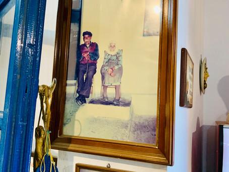 Les photos des ancêtres, toujours présents