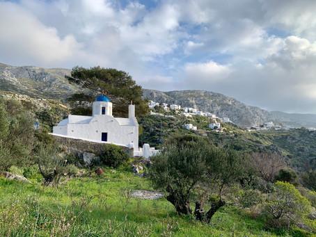La petite église Aghia Marina