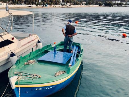 Agapi (amour en grec), la barque du pécheur de Katapola