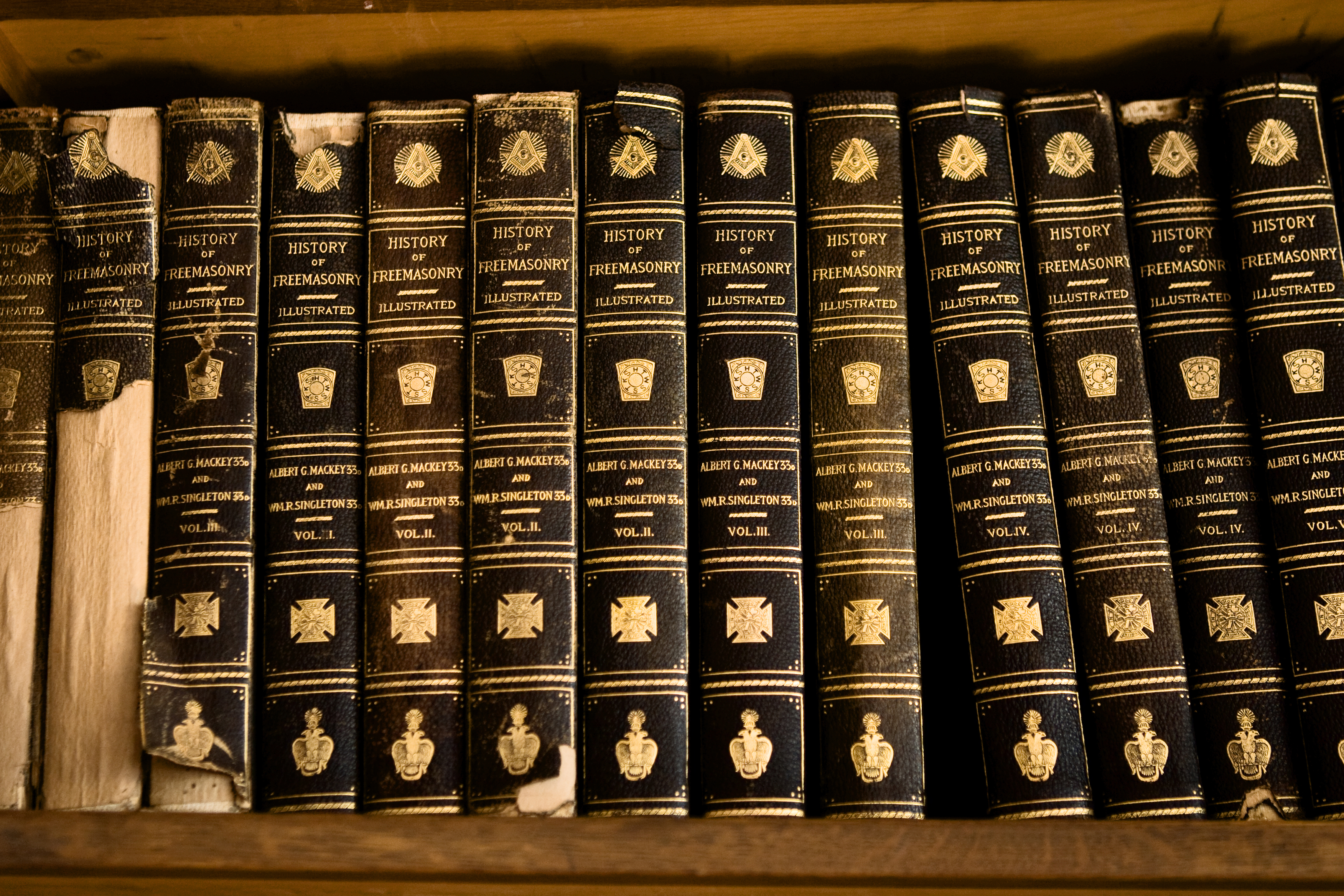 Sacramento Masonic Temple Library