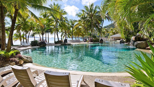 Lagoon Lodge 002