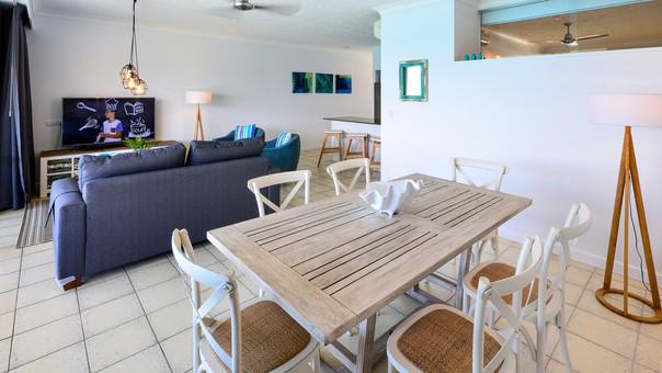 Whitsunday Apartment West 802