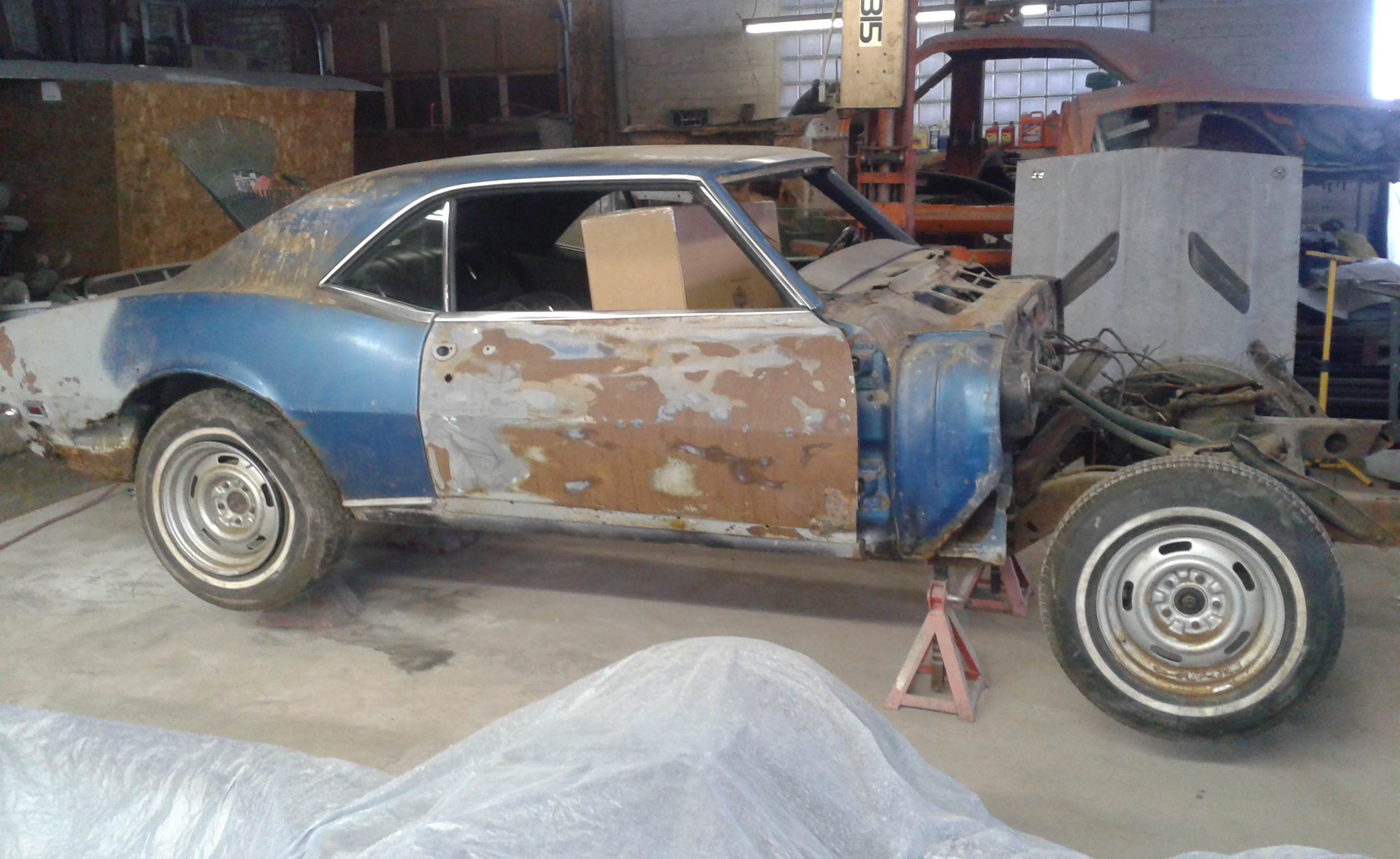 68 Camaro shop build 01.jpg