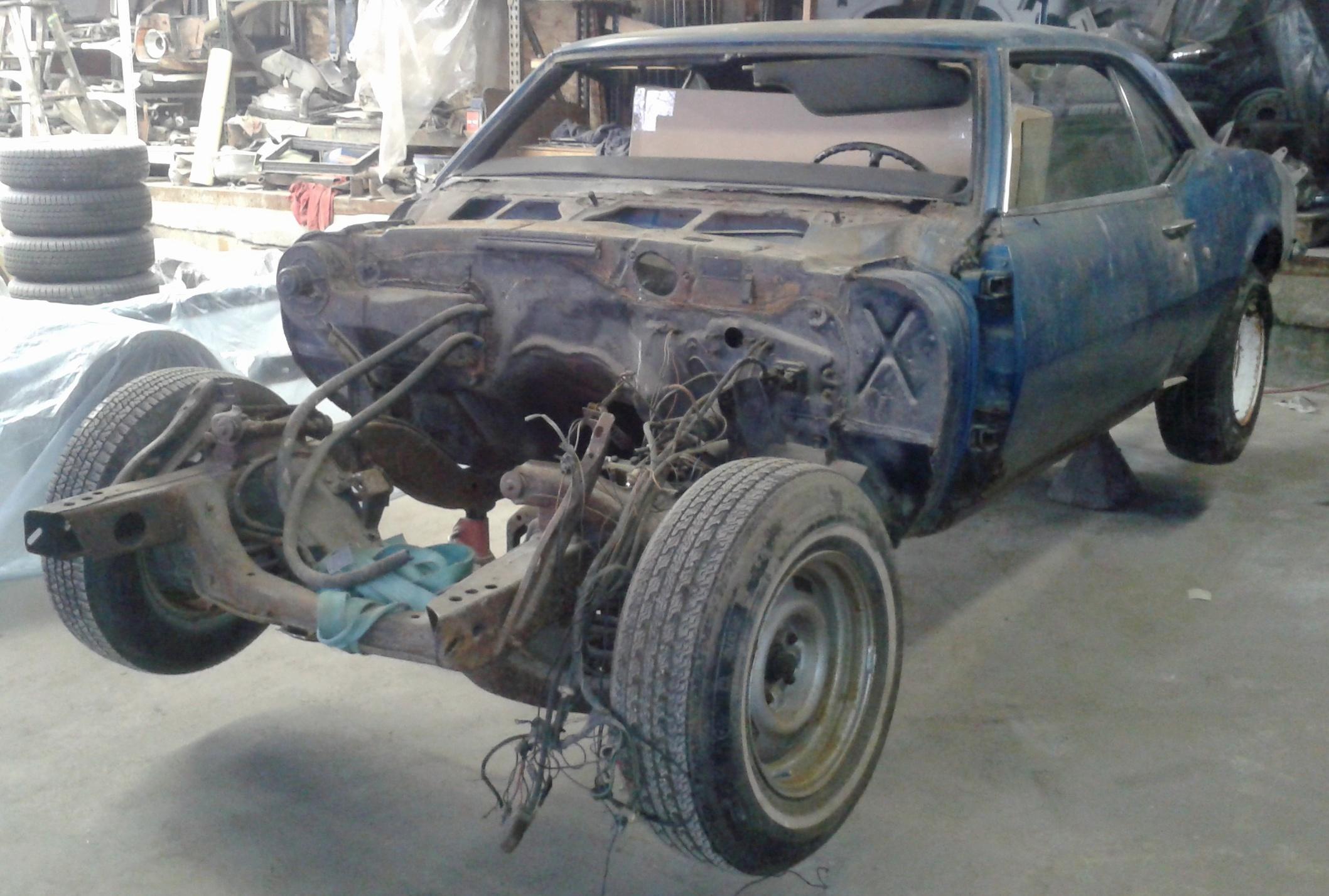 68 Camaro shop build.jpg