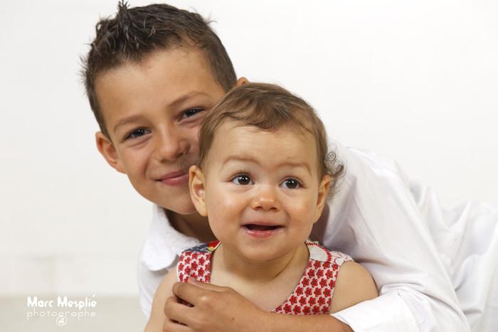 MARC MESPLIE PHOTOGRAPHE GROSSESSE NAISSANCE ENFANCE FAMILLE ARIEGE AUDE OCCITANIE