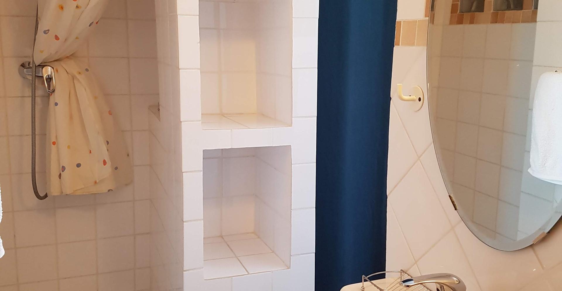 Studio Etienne Salle d'eau - WC.