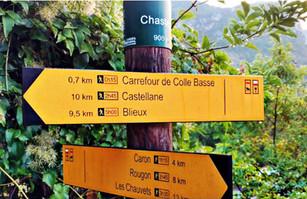 Le GR 4 est un itinéraire de longue distance du réseau de la Grande Randonnée en France. L'itinéraire passe par Chasteuil et relie Royan à Grasse.