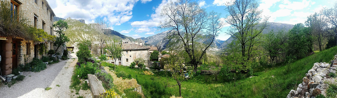 panoramic vue le village