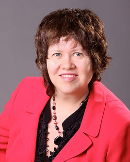 Portrait photo of Laurie Bell - founder Moving Seniors With a Smile Inc.