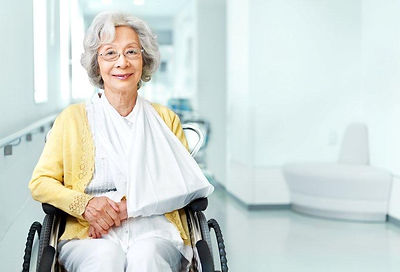 injured senior image - downsizing and moving services