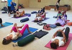 yogaclass002.jpg