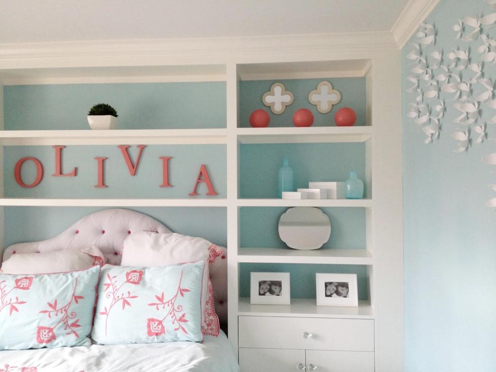 girls room (one of several)jpg_edited.jpg