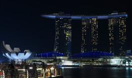 singapore-1132358_1920.jpg