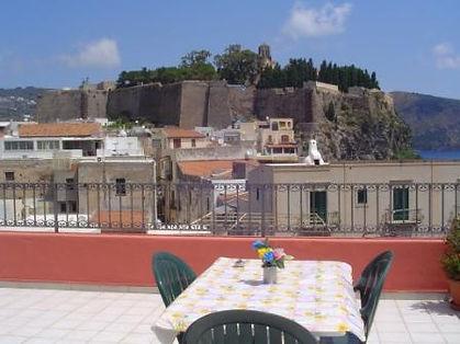 Vista dalla terrazza -appartamenti morfeo lipari
