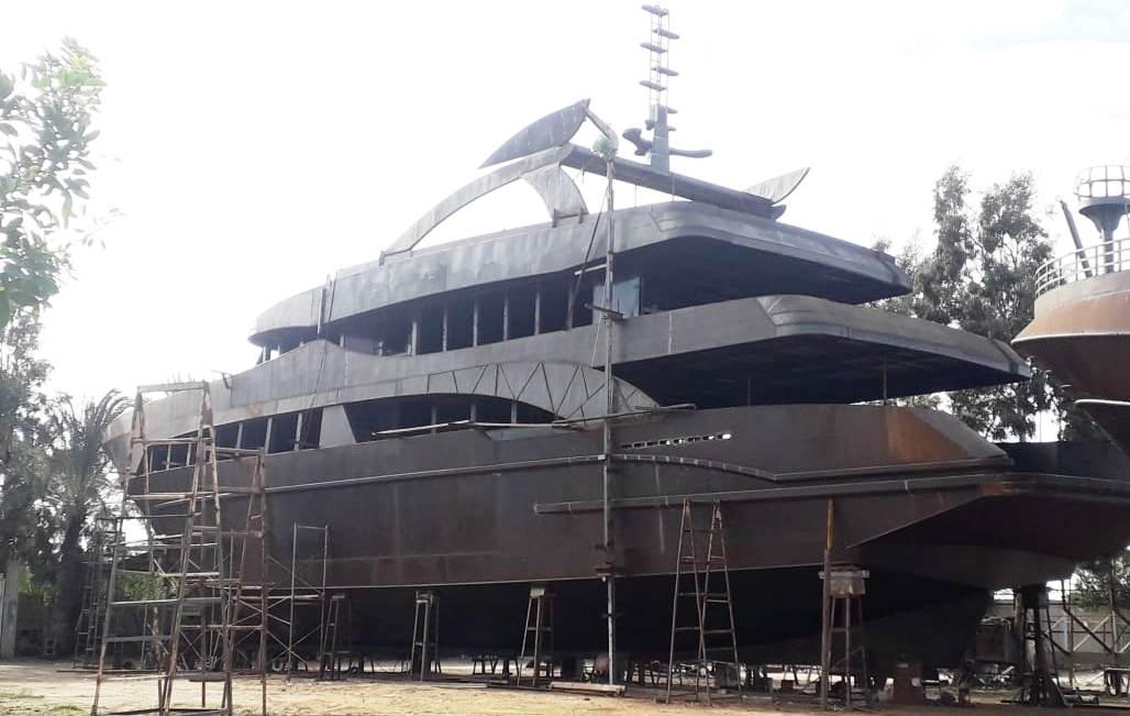 Steel hull
