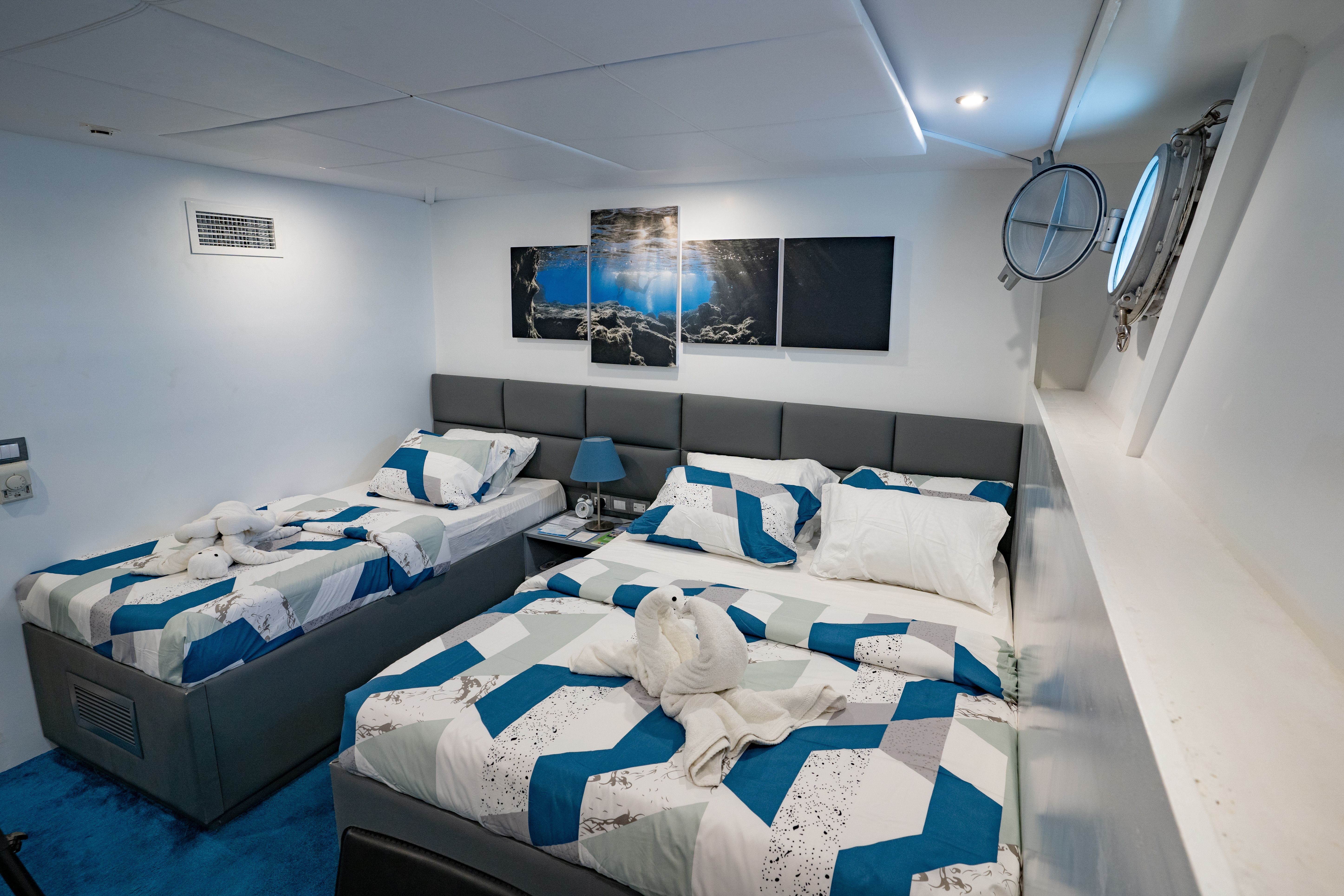 Twin room - lower deck