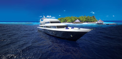 Almaroon yacht builers