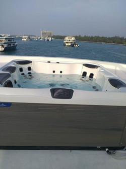 Almaroon Yachts