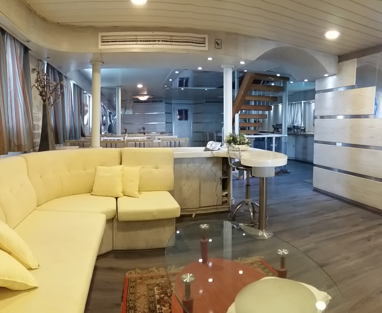 luxury liveaboard for sale