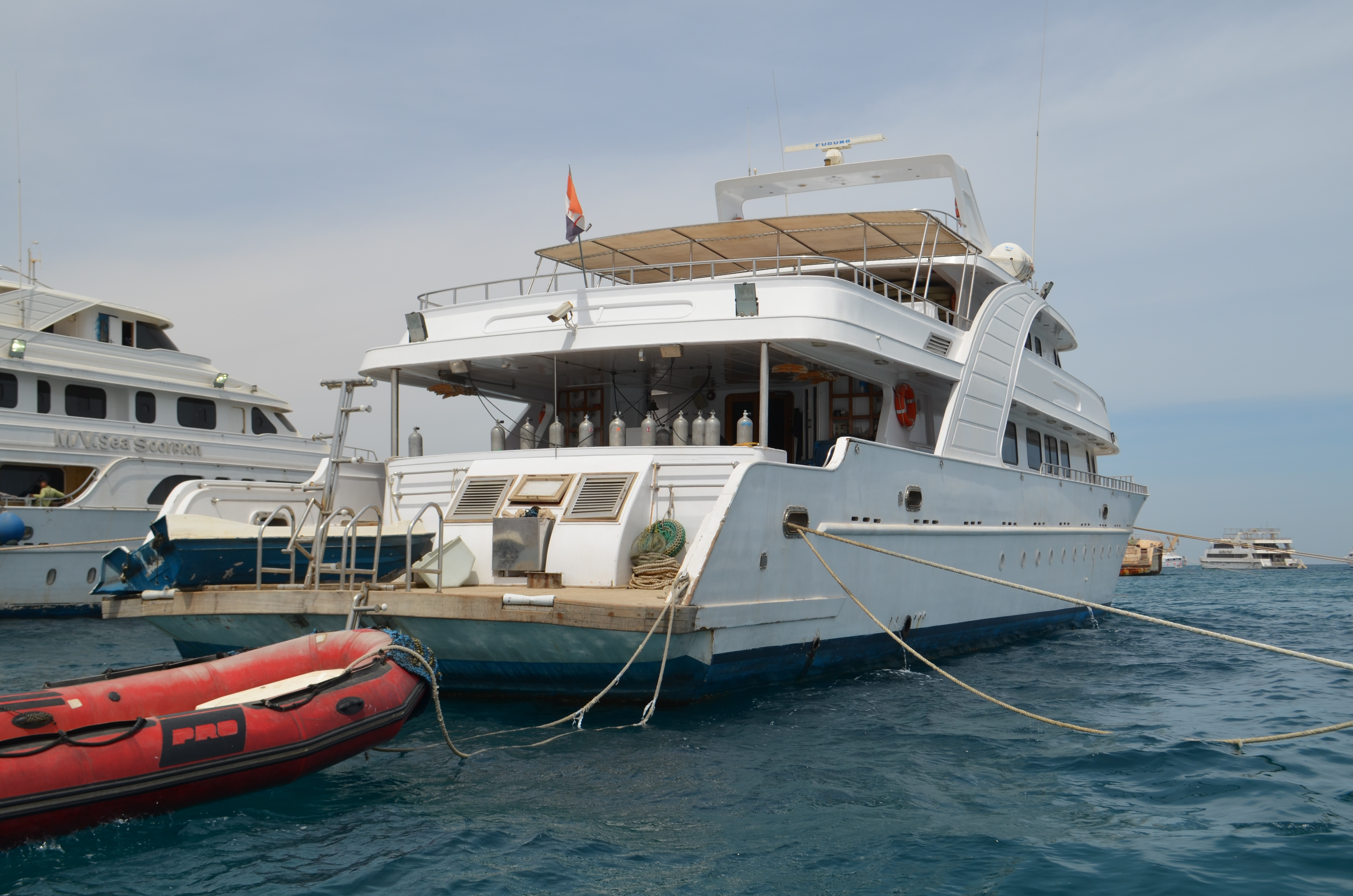 used diving boat for safary