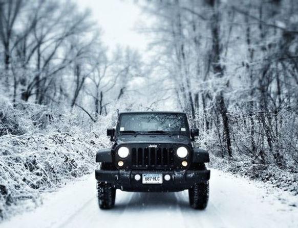 Jeep Wrangler in snow.jpg