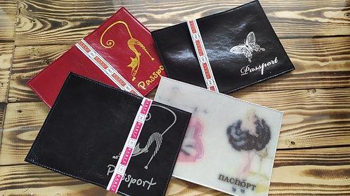 Обложка для паспорта НАТУРАЛЬНАЯ КОЖА гладкая кожа+визитница с рисунком BAREZ 58