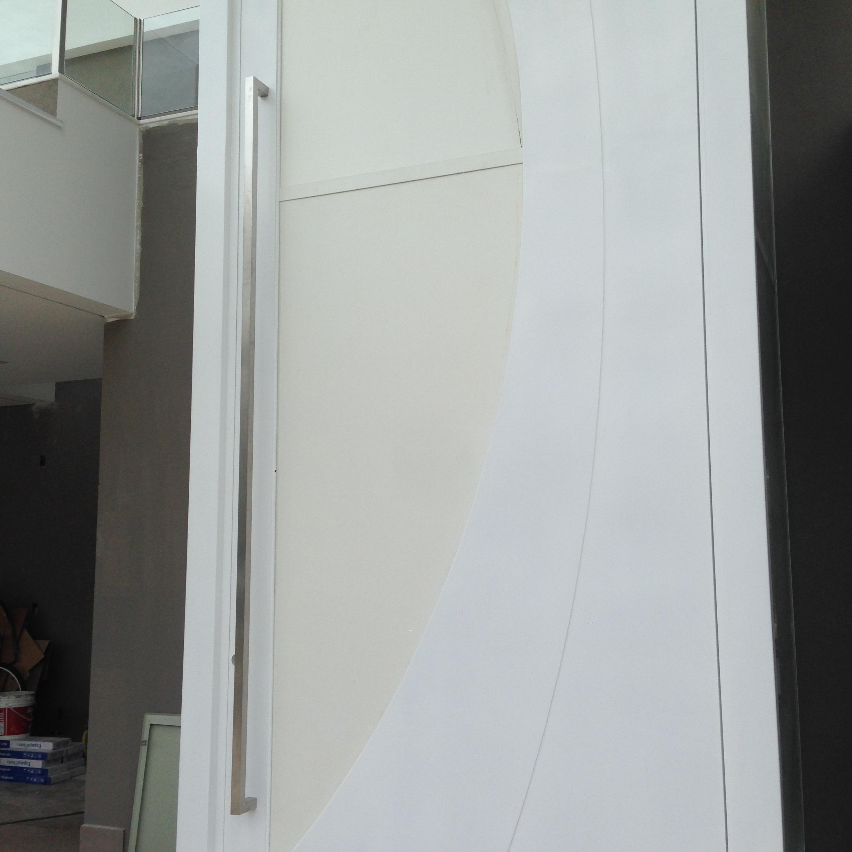Puxador porta em inox escovado