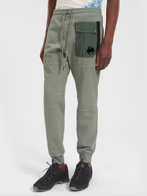 Oliwkowe spodnie dresowe z barwionej dzianiny C.P. COMPANY