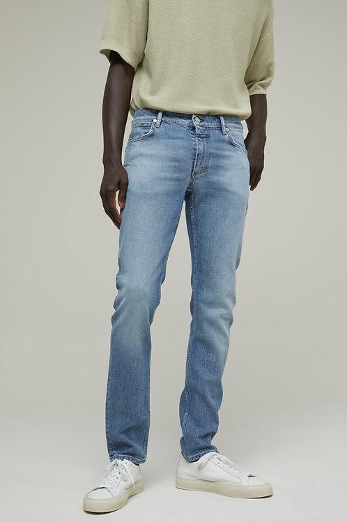 """Jasnoniebieskie jeansy """"Unity Slim"""" Closed"""