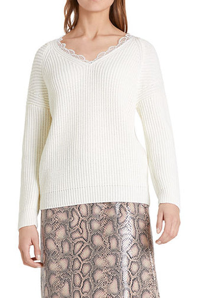 """Biały sweter """"Knitted in Germany"""" Marc Cain"""