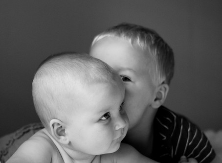 Sweet Siblings - Six Month Session   Hallettsville