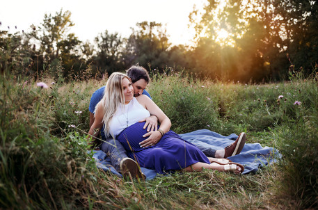 Stylish family maternity photos at Amherst State Park.