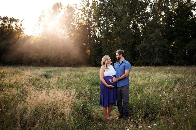 Buffalo Maternity Photographer