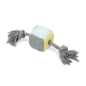 Beeztees jouet pelluche Cube pour chiots