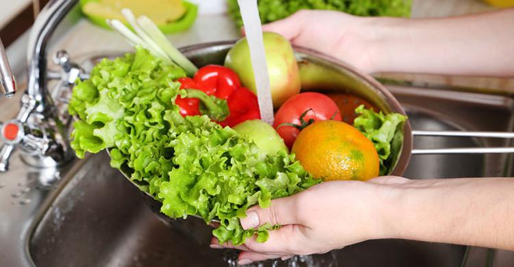 無意中自製毒菜?菜點解會越洗越唔乾淨?    食材處理
