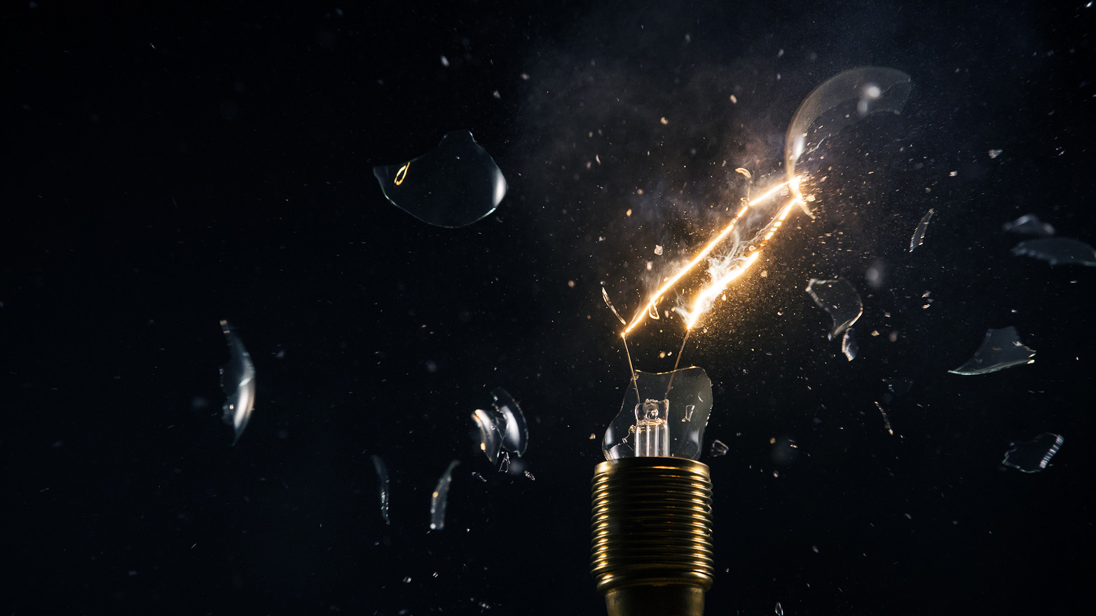 light-bulb-explosion-freeze-black-1.jpg