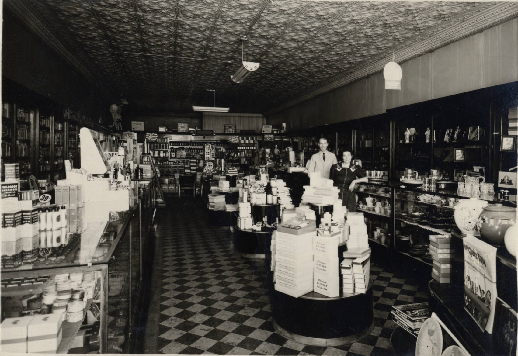 Layne's Pharmacy, New Prague, 1925