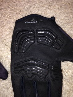 Product Review: Specialized Body Geometry Gel Long Finger Glove