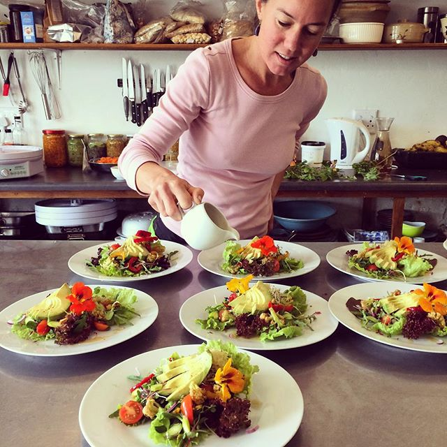 Lisa Rae Tarr- our inspired, passionate and utterly dedicated raw food chef and juice master. If that wasn't enough already, she's also an expert on nutrition & natural health.