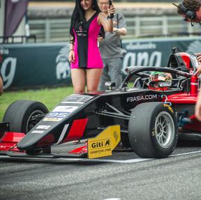 Saturday Race 1 _DSC6056.jpg
