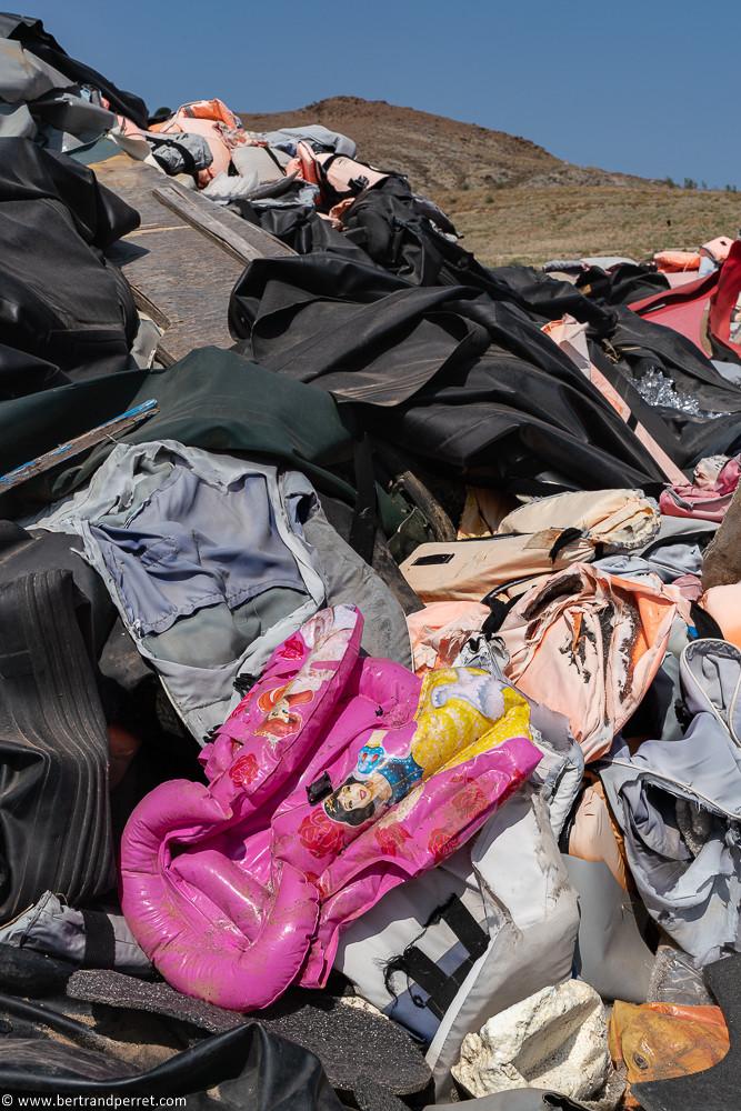 Lifejacket graveyard - Lesbos-09785 (1).