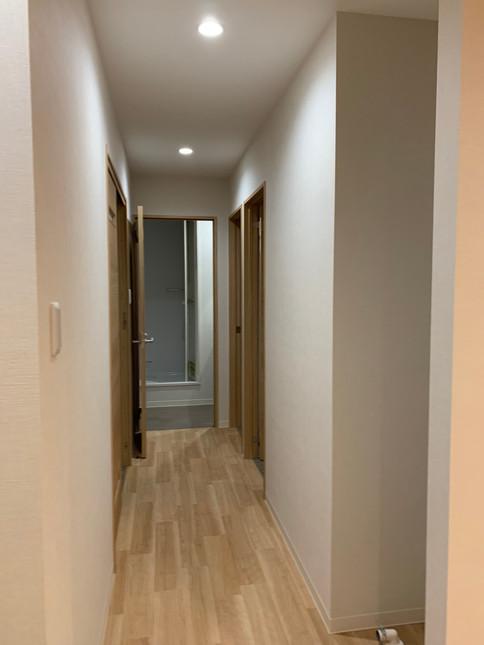 Apartment - Hallway