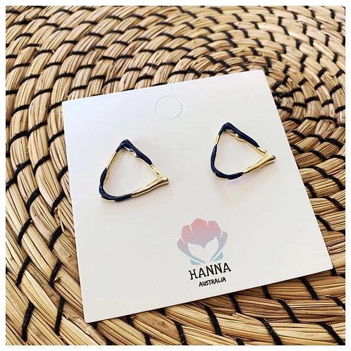 KENZIE Triangle Earrings