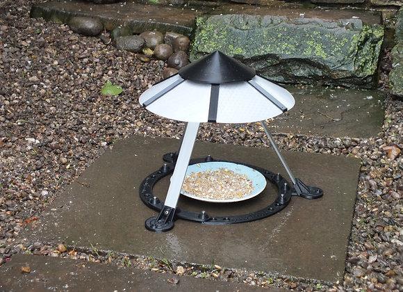 GF-002 Greedy Feeder Feed Cover for birds and hedgehogs