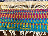 Weaving%20in%20progress%20on%20loom_edit
