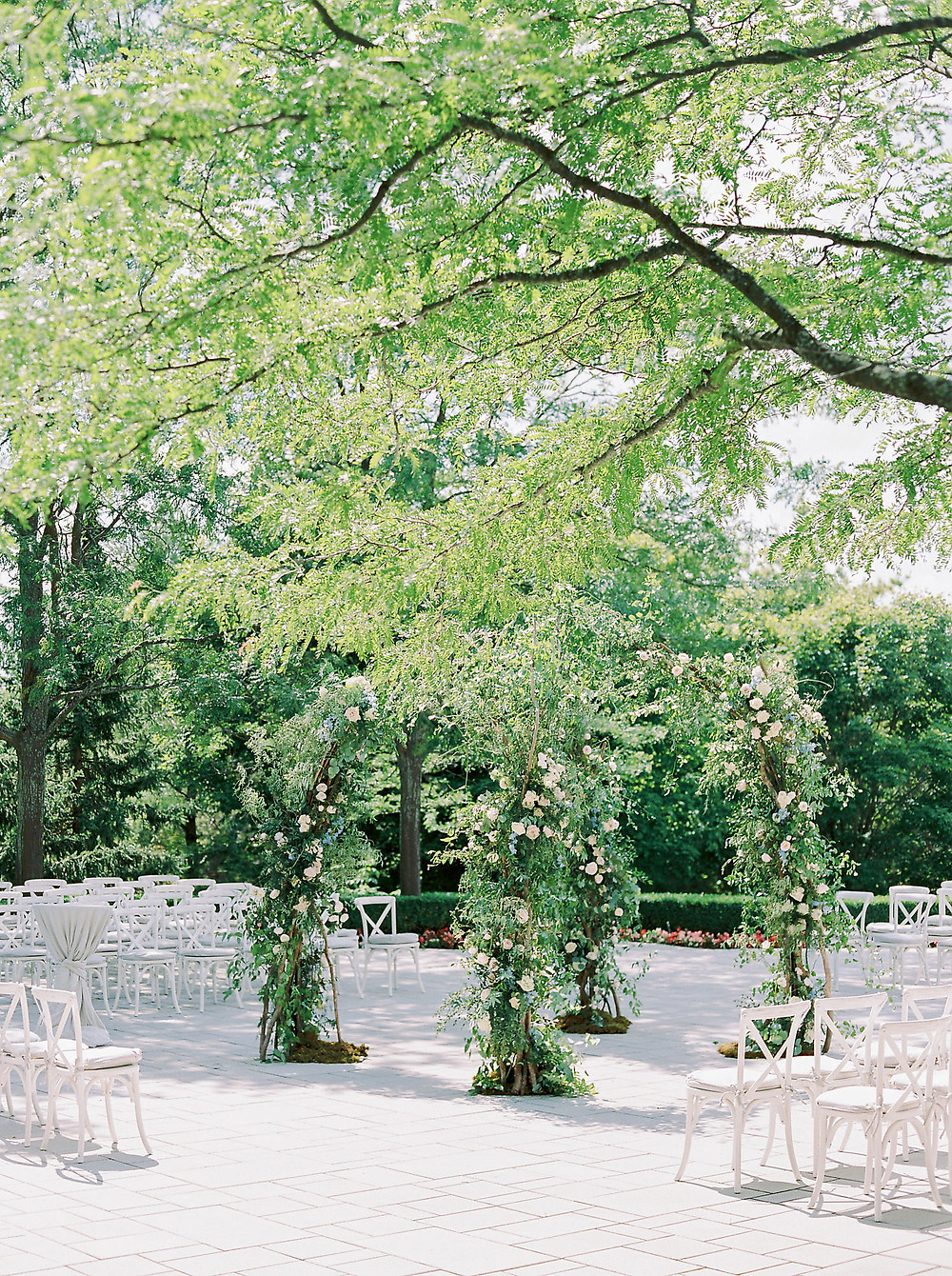 Beautiful garden wedding by Shealyn Angus Weddings & Events, shot by Will Reid Photography