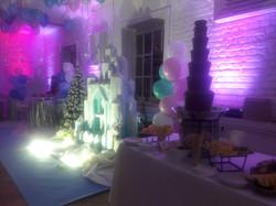 Шоколадный фонтан в аренду