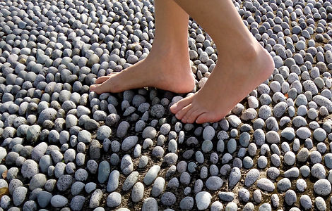 Feet%2520on%2520rocks%25202020_edited_edited.jpg