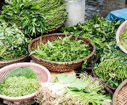 Street Food Hoi An: Herbs and Greens